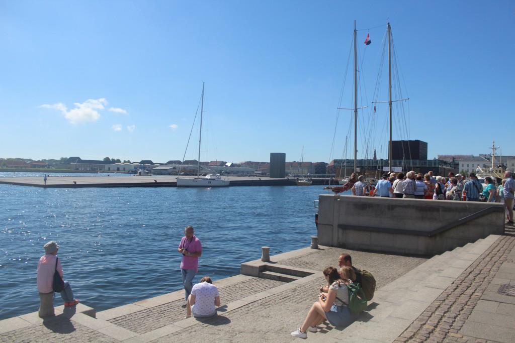 Viiew from qouai at Amaliehaven to Copenhagen Inner Harbour. Photo 20. july 2016 by Erik K Abrahamsen.