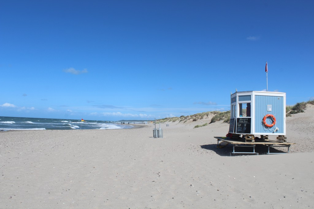 Liseleje Beach with 2 life rescue stations. Photo in direction east to Tisvilde Hegn and Tisvildleje Beach in horizon. Phoot 9. august 2016 by Erik K Abrahamnsen