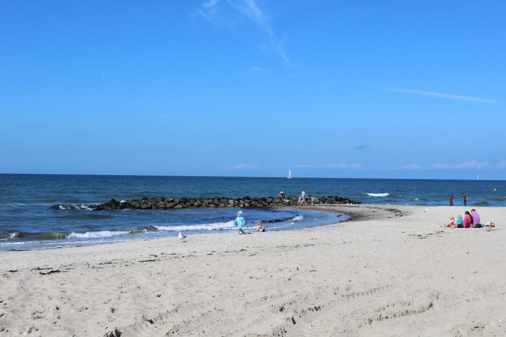 Liseleje Beach. View in direction north to Kattegat Sea. Phoot 3. PM 15. august 2016 by erik K Abrahamsen.