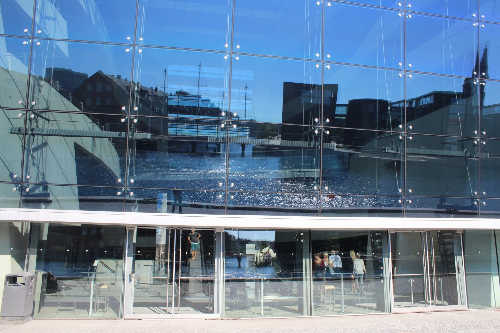Royal Library on Christians Brygge. View to front to Copenhagen Inner Harbour. Photo 15. august 2016 by Erik K Abrahamsen.