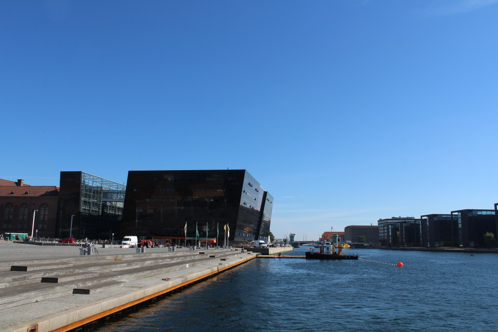 """Copenhagen Inner Harbour. At left Christians brygge with Royal Library """"Diamanten"""". Photo in direction east 25."""