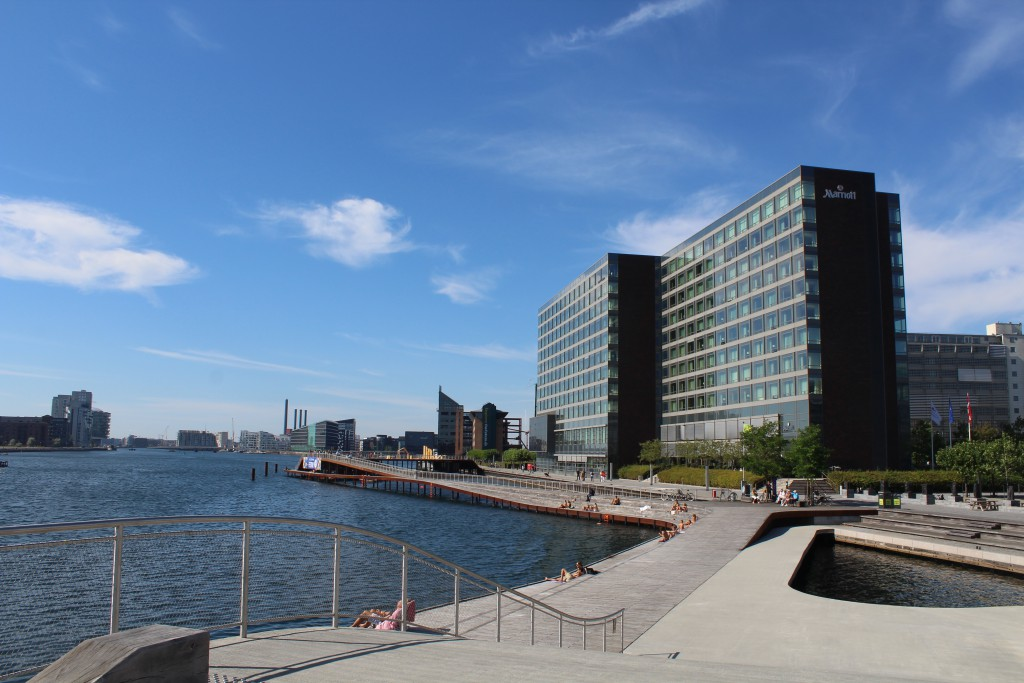 """View to """"Kalvebod Wave and Marriott Hotel at Kalvebod Brygge on north side of Copenhagen Inner Harbour. Phoot in direction west 25. august 2016"""