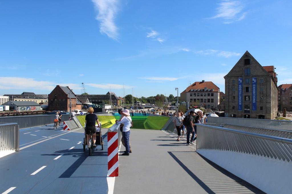 "View from Inderhavnsbroen ton bridge ""Trangravsbroene"" on Christianshavn. Phoot in direction south"
