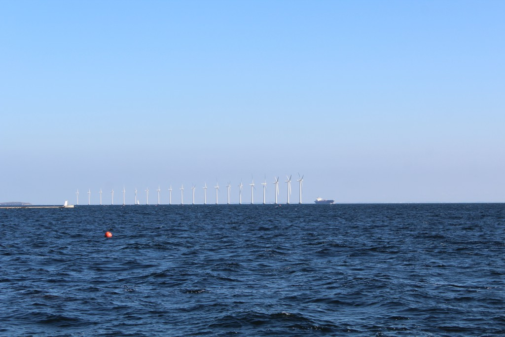 Amager Strand. Udsigt mod Øresund med Flakfortet til venstre i billedet. Foto Erik K Abrahamsen september 2016