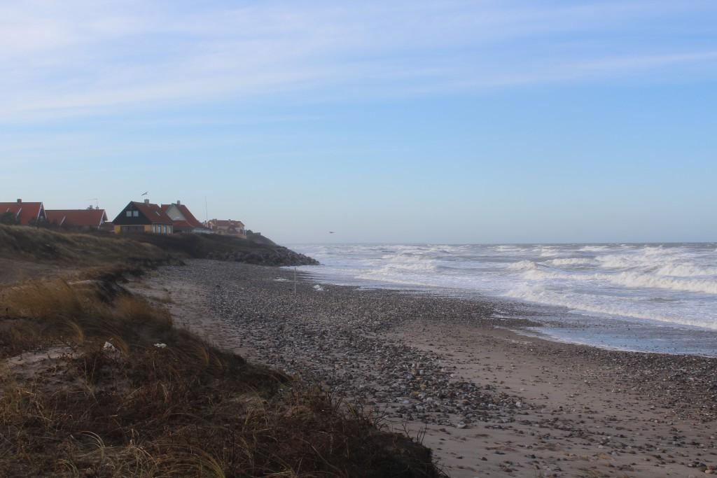 Liseleje Strand - udsigt mod vest mod helårs- og fritidshuse