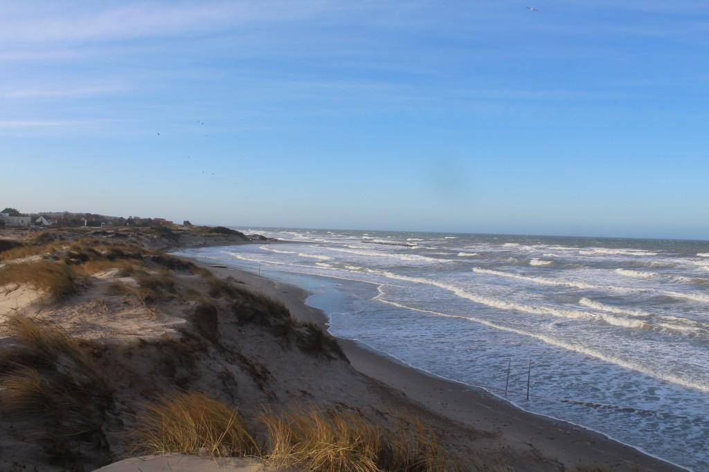 Liseleje strand . Udsigt mod vest ud over Kattegat den 27. december 2016 af Erik K Abrahamsen.