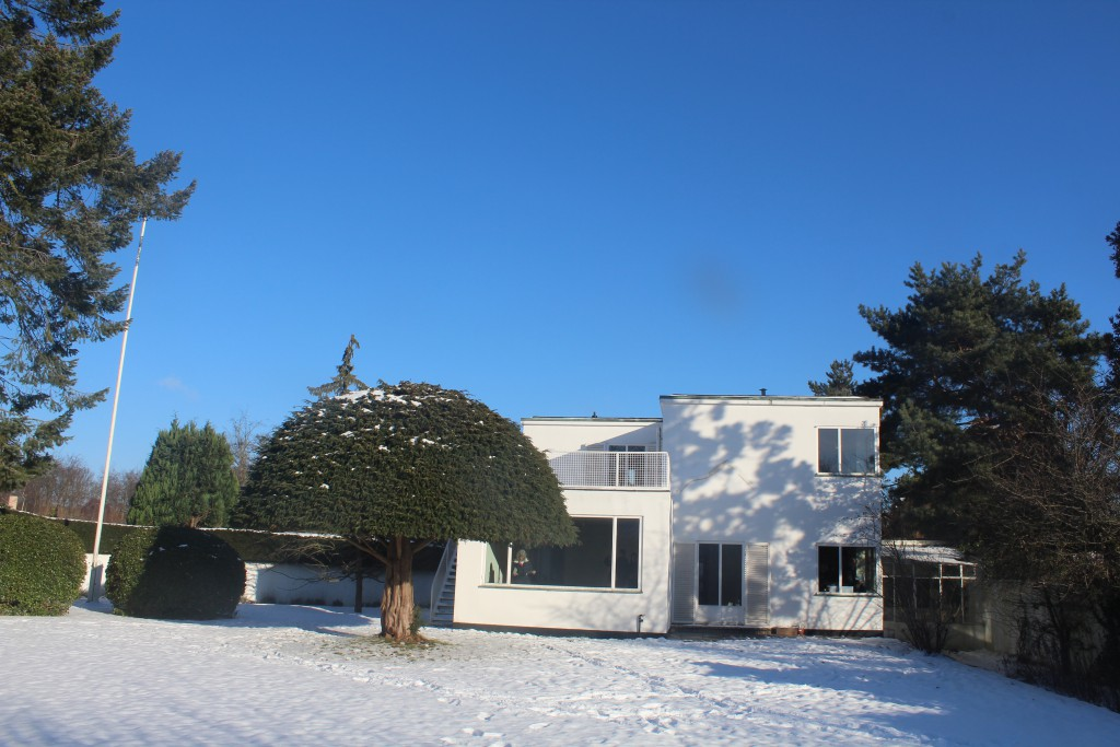 Archtect Arne jacobsen private house and dea