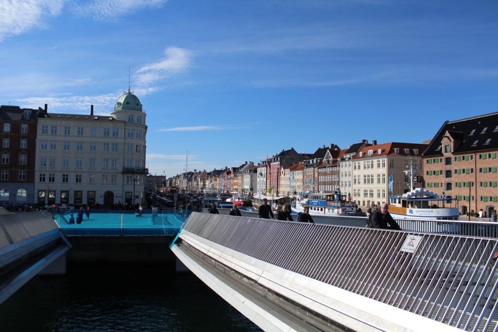 """Viwe from new bike and walk slide bridge """"Inerhavnsbroen"""" to Nyhavn. Phooy 3. may 2017 by Erik K Abrahamsen."""