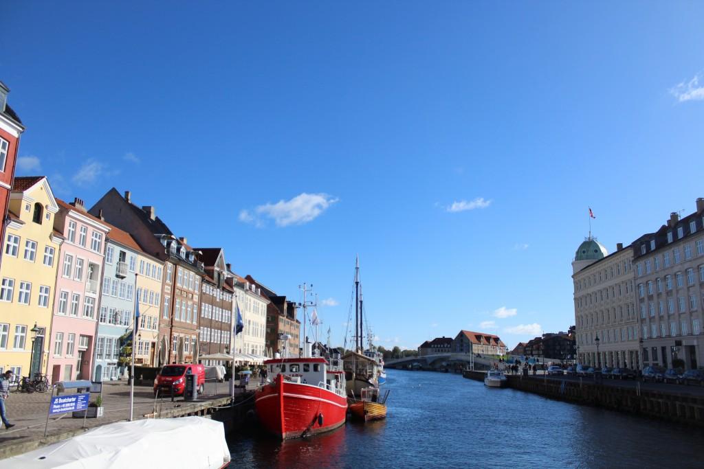Nyhavn - view in directio