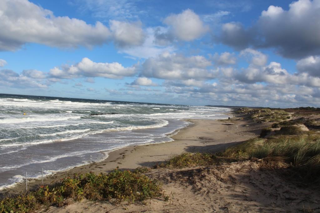 Liseleje Strand. Stormen Ingolf rammer Nordsjællands Kattegat kyst den 29. oktober 2017. Foto 29. oktober 2017 af Erik K Abrahamsen.