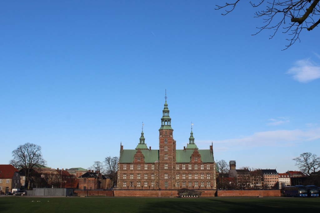 Rosenborg Castle built 1635 by King Christian 4 (1588-1648). In front drill ground of tThe Royal Kings Guard