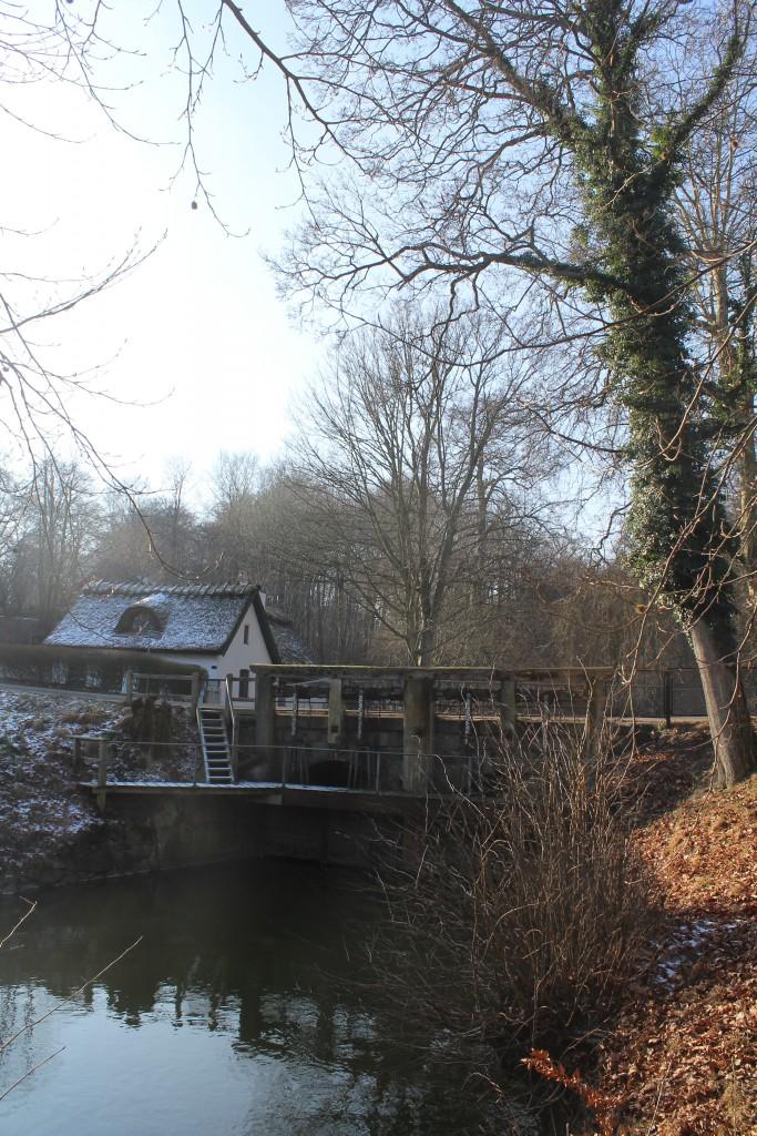 Frederiksdal Forest. Arresø canal. Regulationsinstalation to