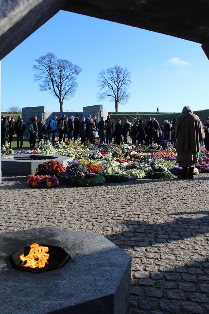 Det Nationale Monument i Kastellet. Udsigt mod RUM: ET STED den 22. februar kl 11.15 af Erik K Abrahamsen