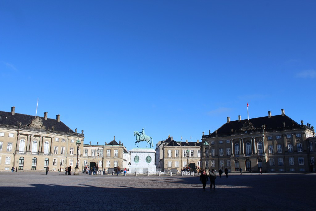 Amalienborg Royal palaces with equestrian state by Kind Frederik 5 by sculptor salt 1770. photo indirection north 22. february 2018 by erik K abrahamsen,