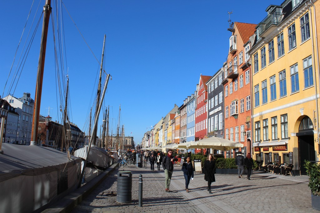 """Nyhavn """"Sunny Sid"""". Soire houses for trade built 1750-1800 close to wharf. Photo in direction north 22. february 2018 by erik K Abrahamsen."""