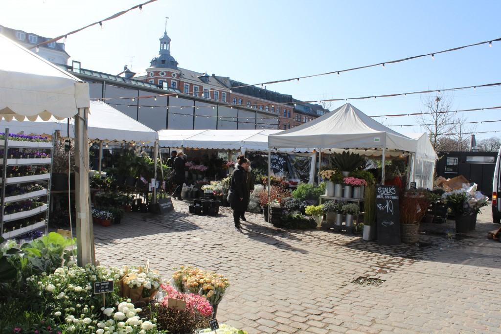 Area between the two markets Hall Torvehallerne. Photo 11. april 2018 by Erik K Abrahamsen.