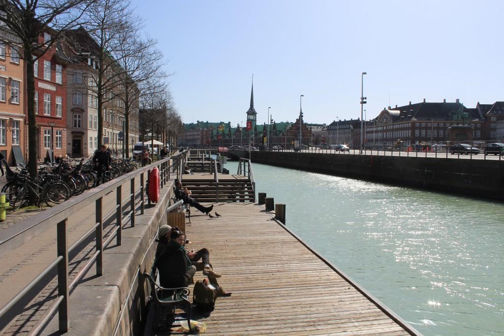 Hoæmens Kanal. View to Slotsholmen