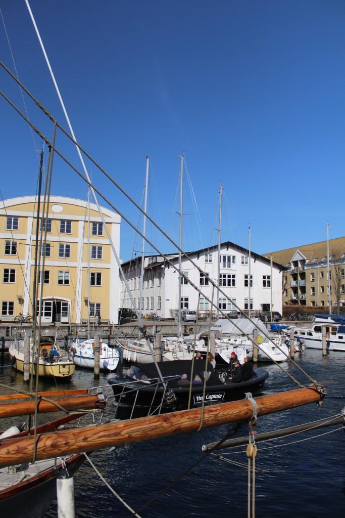Christianshavn Kanal - a rourist party boat. Phoot