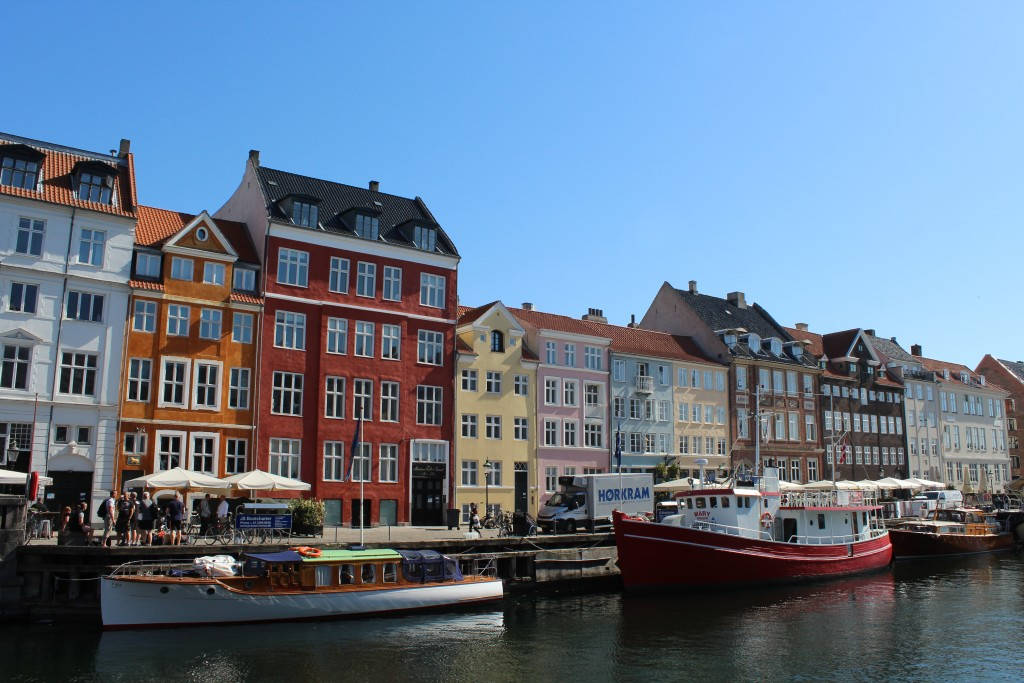 "NYhavn. View to ""sunny side"". Photo 9. may 2018 by Erik K Abrahamsen."