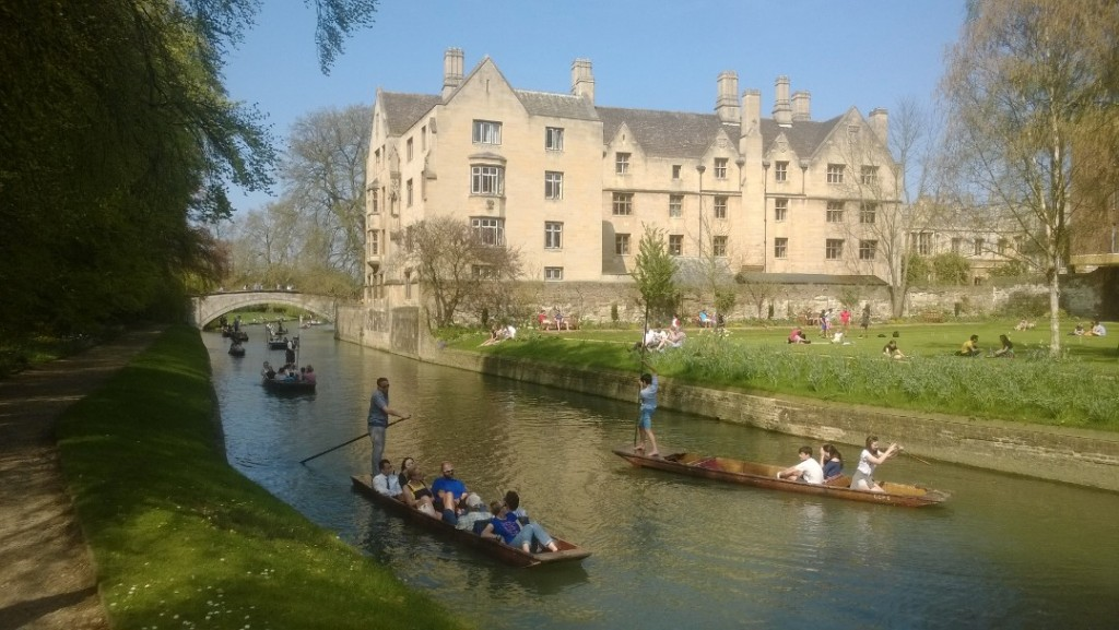view from our flat boat on River Cam to building. Phoot 21. april 2018 by Erik K Abrahamsen.