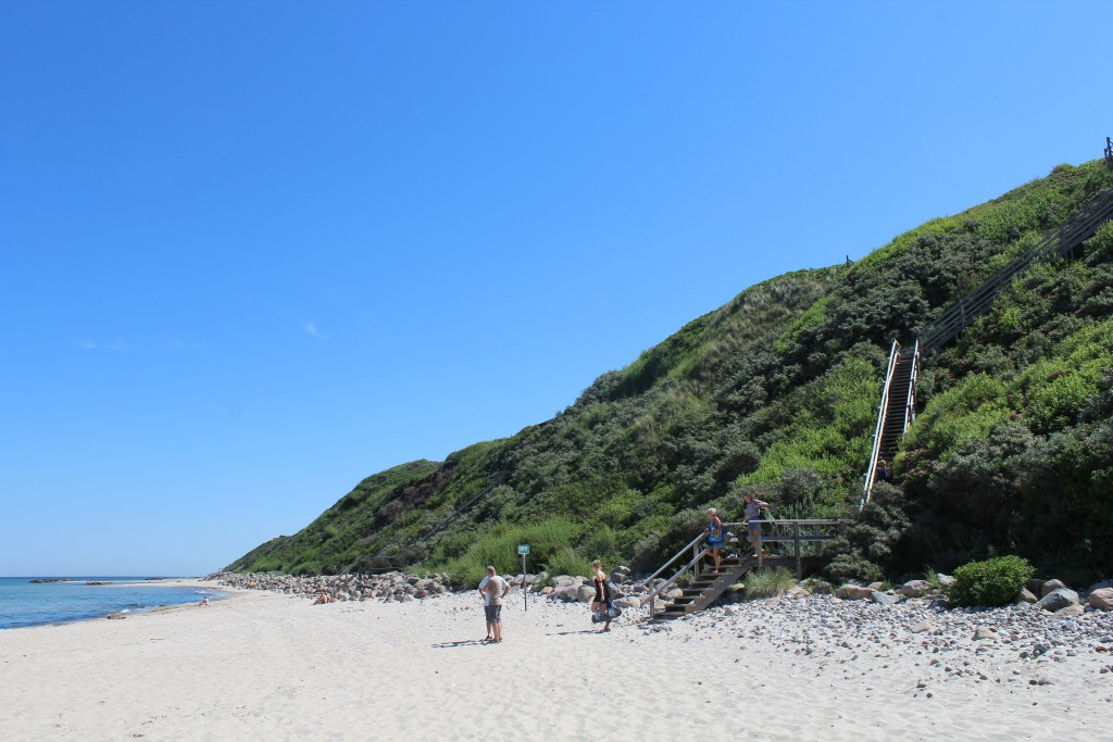 Hyllingebjerg Beach. View to public stars from top of 30 m high Hyllingebjerg Cliff. Phoot in direction east 2. june 2018 by Erik K Abrahamsen.